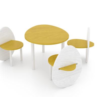 Tavolo in legno Uovo con tre sedie